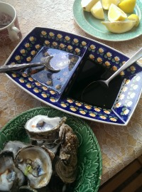 Oysters with balsamic mignonette sauce